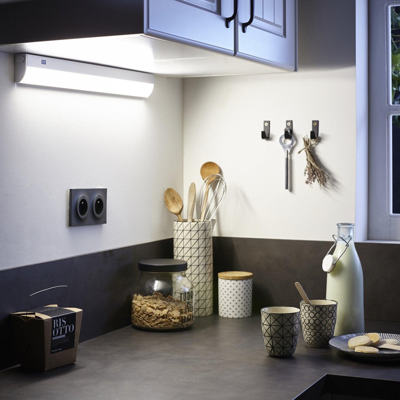 Spot Au Dessus Evier Cuisine l'éclairage technique pour la cuisine | leroy merlin