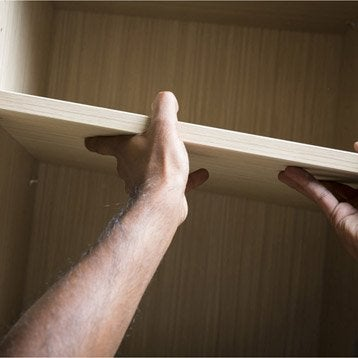 cours de bricolage nos ateliers de bricolage en magasin. Black Bedroom Furniture Sets. Home Design Ideas