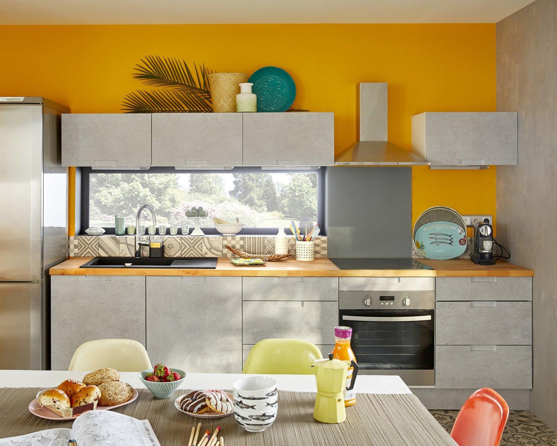 Redonner du pep 39 s la cuisine avec une peinture orange for Peinture orange cuisine
