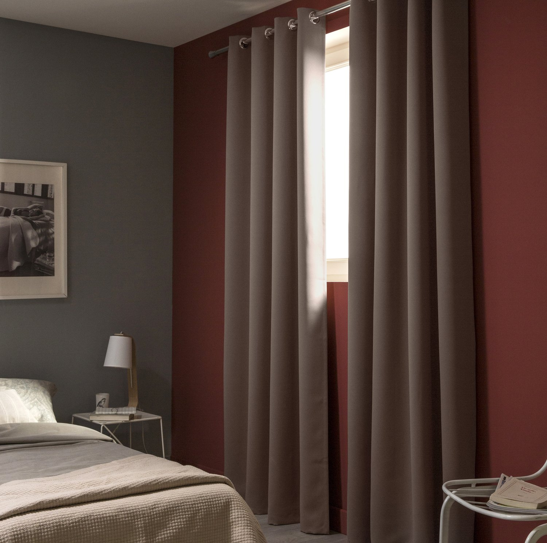 des rideaux marrons occultants pour la chambre leroy merlin. Black Bedroom Furniture Sets. Home Design Ideas