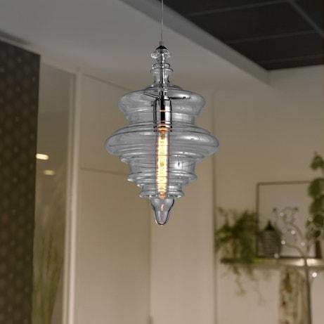Donner du potentiel à l'éclairage avec cette suspension baroque originale