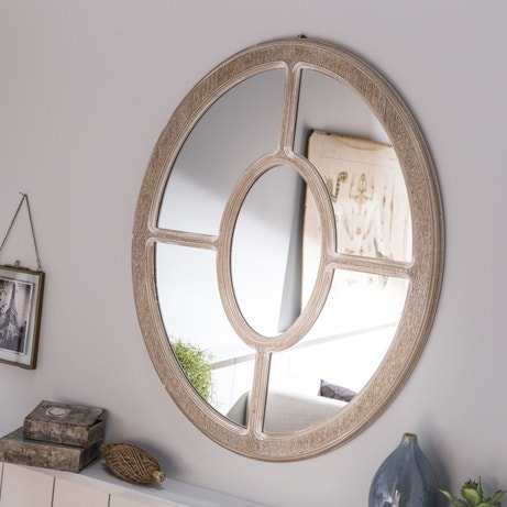 Un mirroir en chêne clair pour une décoration de charme
