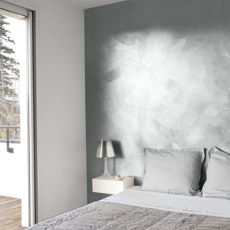 habiller un mur de la chambre avec une peinture effet m tal griff leroy merlin. Black Bedroom Furniture Sets. Home Design Ideas