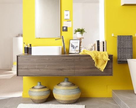 Relookez votre salle de bains en un coup de pinceau for Carrelage salle de bain couleur vive