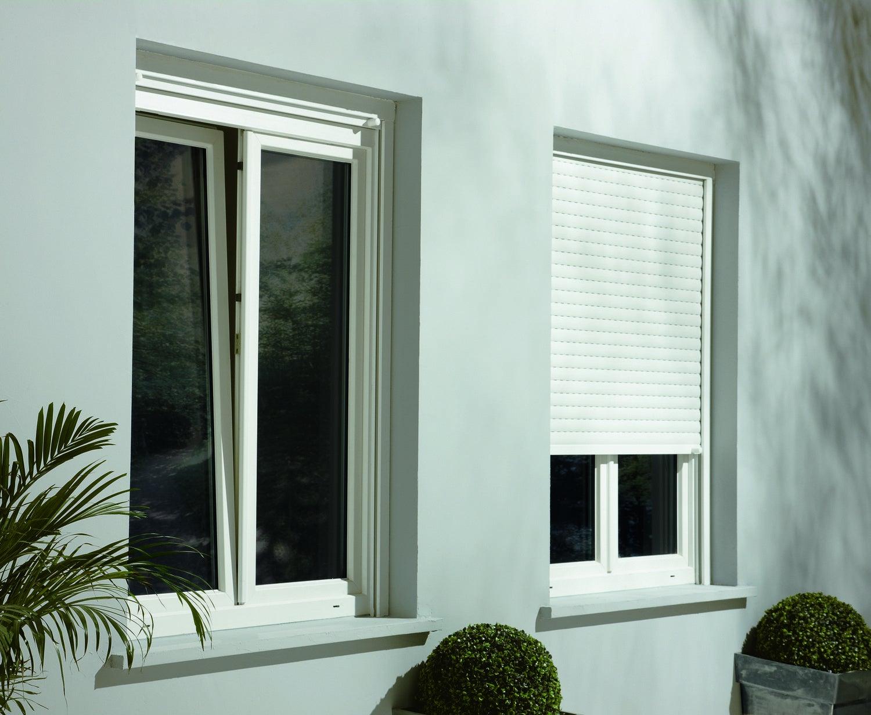 une baie vitr e pour plus de luminosit leroy merlin. Black Bedroom Furniture Sets. Home Design Ideas