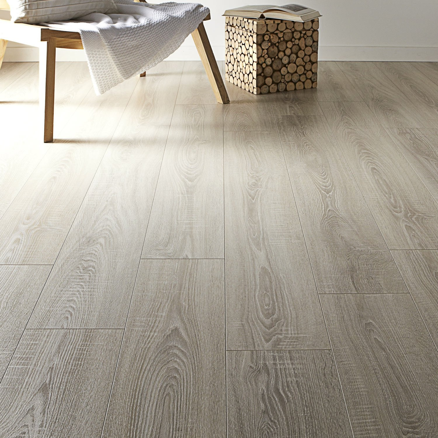 sol stratifi effet chne trianon ep12 mm artens plus 12 leroy merlin - Parquet Clipsable Leroy Merlin