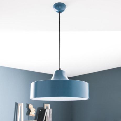 Une suspension bleue en métal