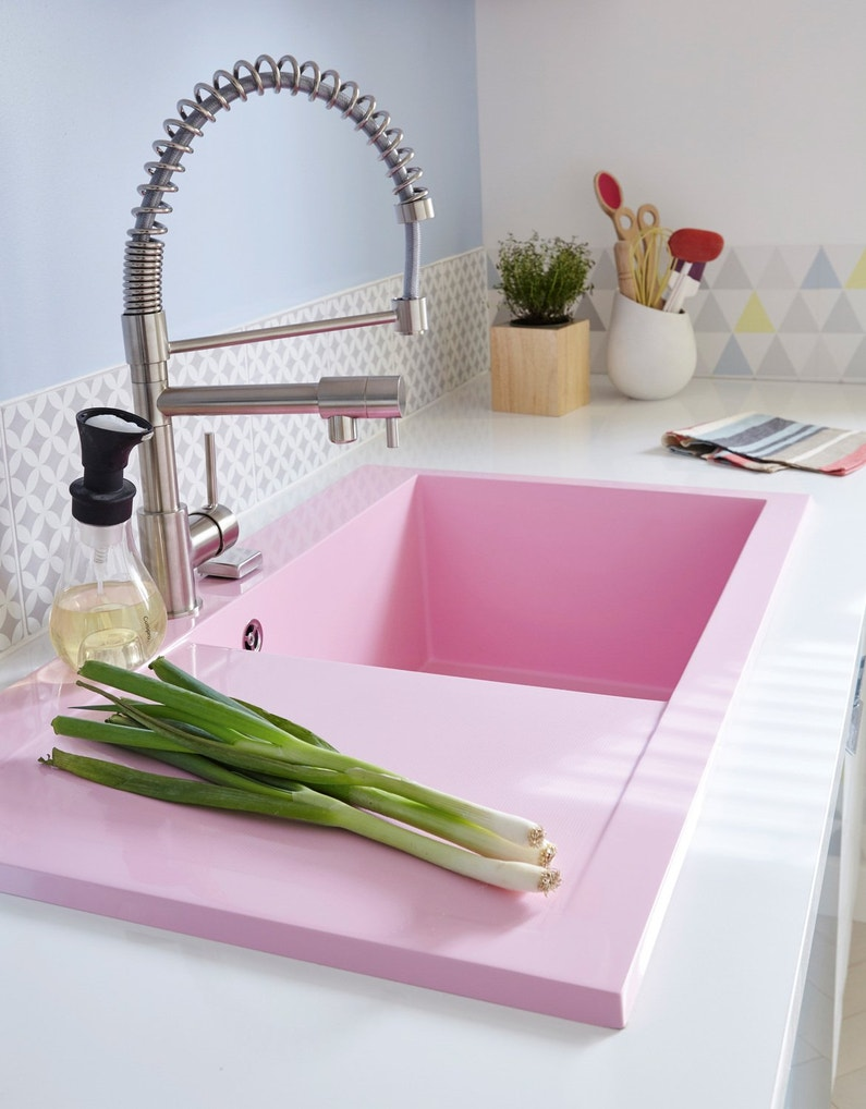 un vier encastrer rose pour gayer la cuisine leroy merlin. Black Bedroom Furniture Sets. Home Design Ideas