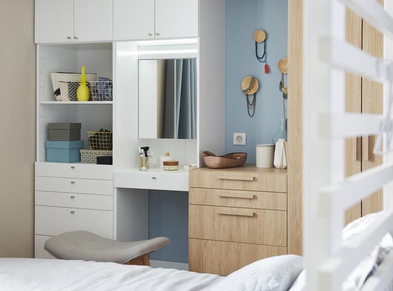 Espace beaut pour votre chambre contemporaine leroy merlin for Chambre youtubeuse beaute