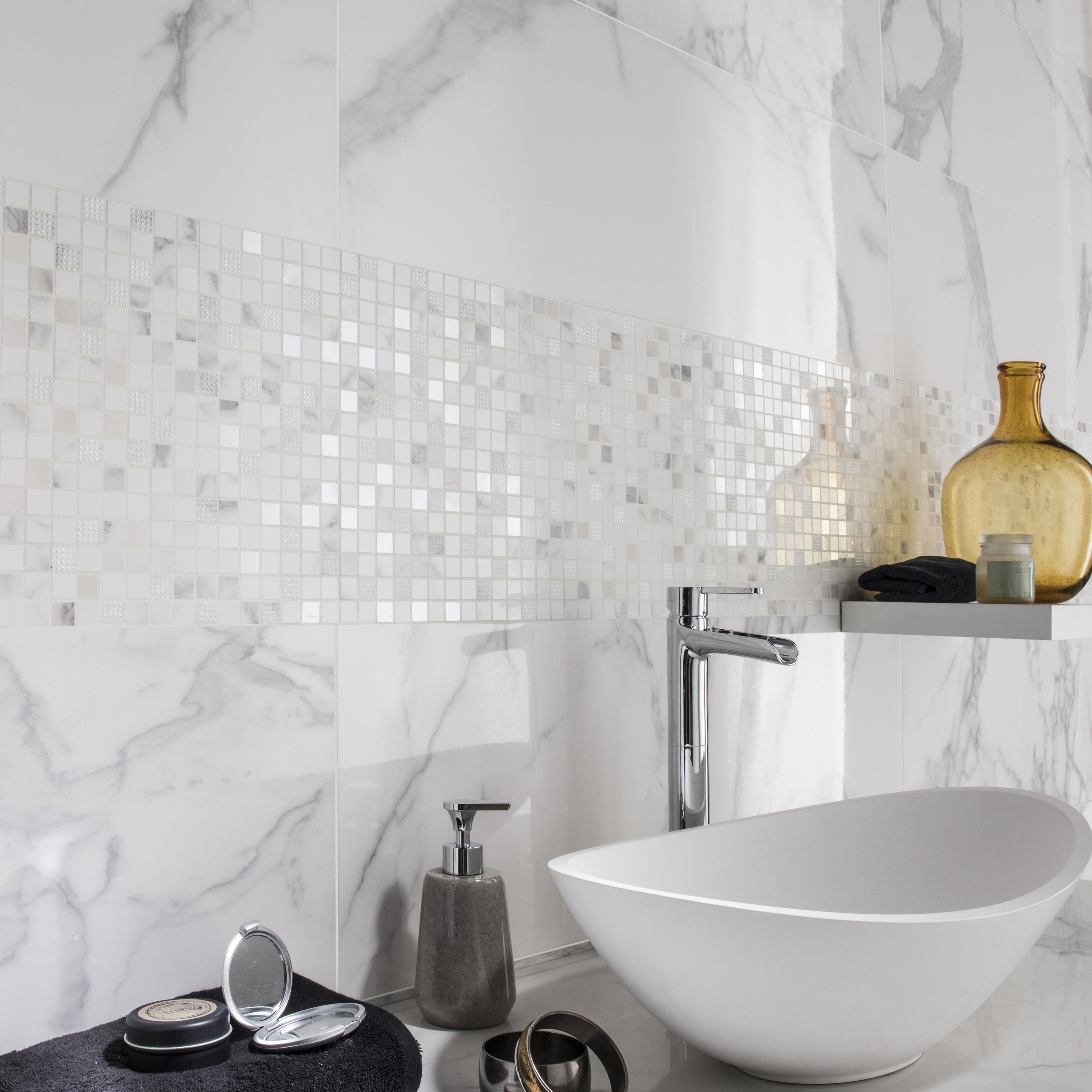 Faïence mur intenso marbre blanc carrare brillant l.30.5 x L.91.5 cm, Murano