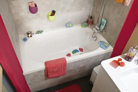 Des couleurs lumineuses pour égayer votre salle de bains