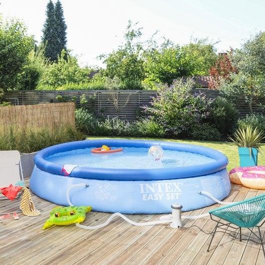 Piscine hors sol autoportante gonflable easy set intex for Produit piscine castorama