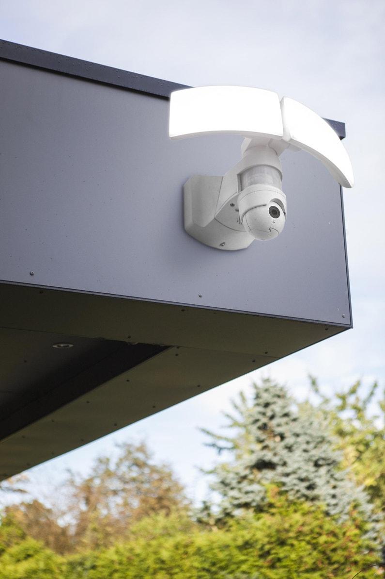 Projecteur A Fixer A Detection Exterieur Led Integree 3000 Lm Blanc Lutec Leroy Merlin