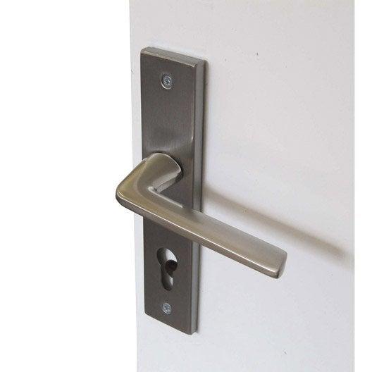 Poign e de porte d 39 entr e square trou de cylindre acier for Porte d entree acier prix