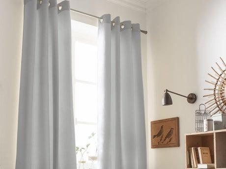 Tout savoir sur les rideaux les voilages et les vitrages - Stores et rideaux comment habiller toutes les fenetres ...