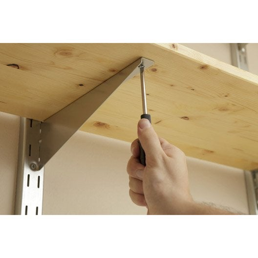 comment poser des tag res sur querres cr maill res ou tasseaux leroy merlin. Black Bedroom Furniture Sets. Home Design Ideas