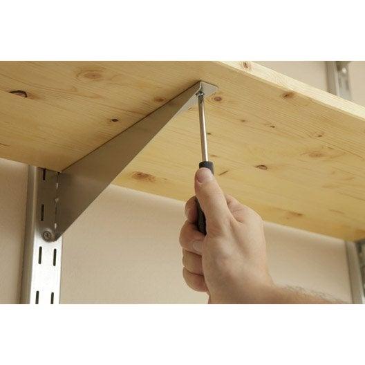 poser des tag res sur querres cr maill res ou tasseaux. Black Bedroom Furniture Sets. Home Design Ideas