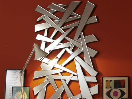 Comment poser un cadre et un miroir leroy merlin for Encadrement tableau leroy merlin