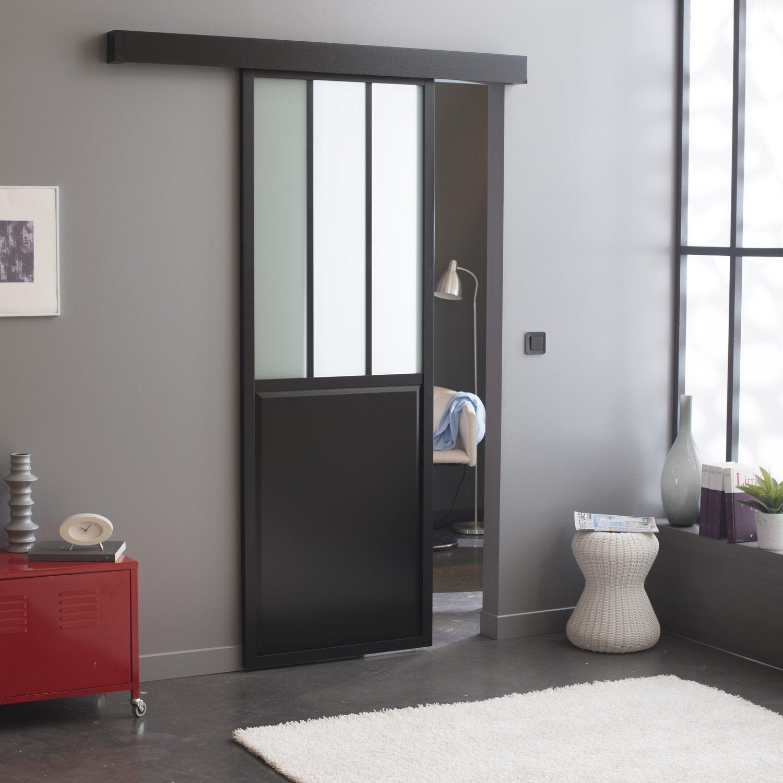 Une porte vitr e int rieure grise au style industriel for Porte interieure grise
