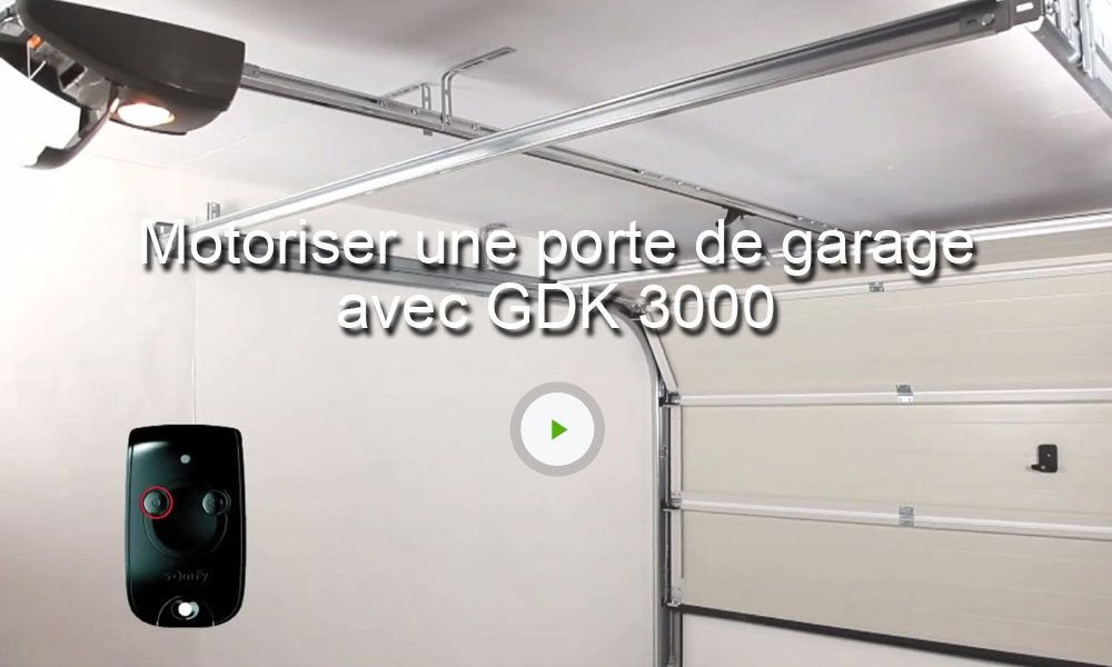 Motorisation de garage cha ne somfy gdk 3000 leroy merlin for Porte de garage enroulable pose sous linteau