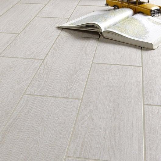 Carrelage sol et mur blanc effet bois avoriaz x for Carrelage sol interieur blanc