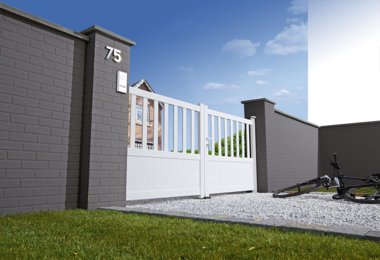 des piliers b ton d coratifs pour votre portail leroy merlin. Black Bedroom Furniture Sets. Home Design Ideas