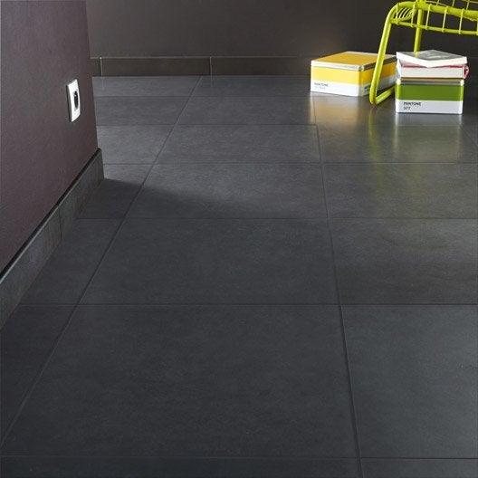 Carrelage sol et mur gris gris 1 effet b ton universo for Carrelage 5x5 blanc