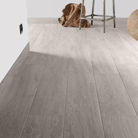 Carrelage sol et mur gris perle effet bois helsinki x for Carrelage imitation bois leroy merlin