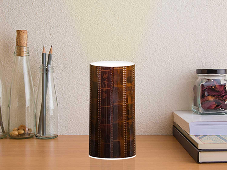 Personnaliser une lampe avec des pellicules photo