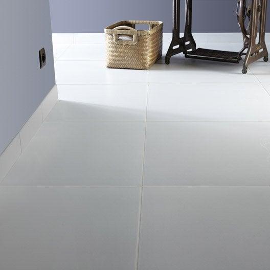 Carrelage sol et mur blanc ivoire 5 effet b ton universo x cm leroy merlin - Blanc comme l ivoire ...