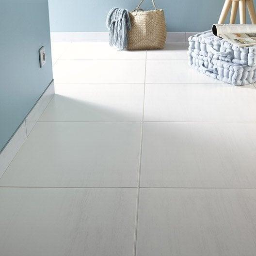 Carrelage sol et mur blanc effet b ton eiffel x l for Carrelage blanc mur
