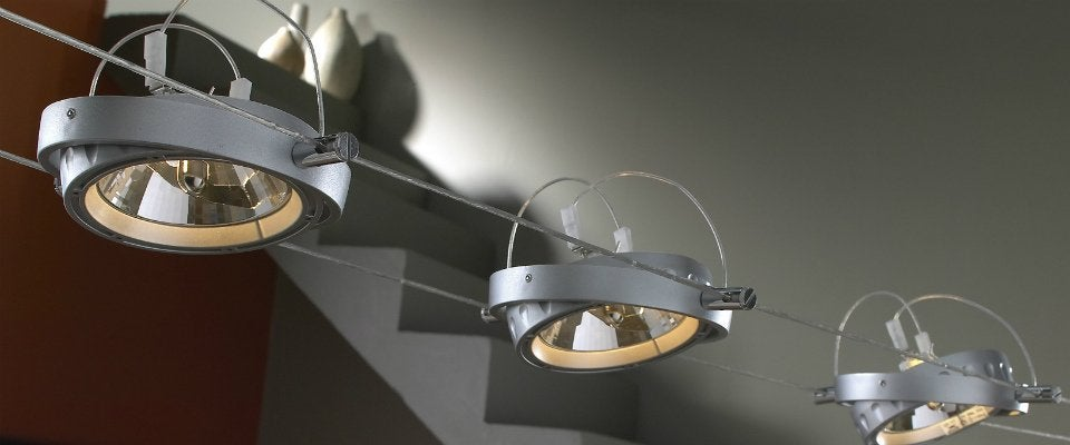 bien choisir un spot d 39 int rieur leroy merlin. Black Bedroom Furniture Sets. Home Design Ideas