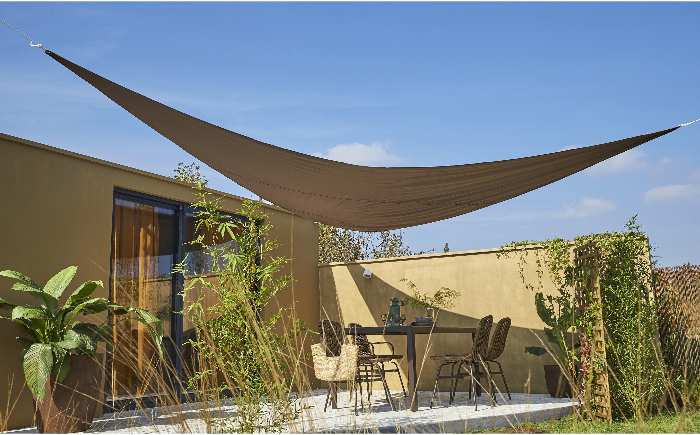 Fixation Voile D Ombrage voile d'ombrage triangulaire brun bistro l.500 x l.500 cm