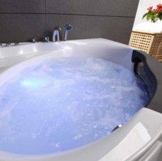Tout savoir sur la baignoire balnéo