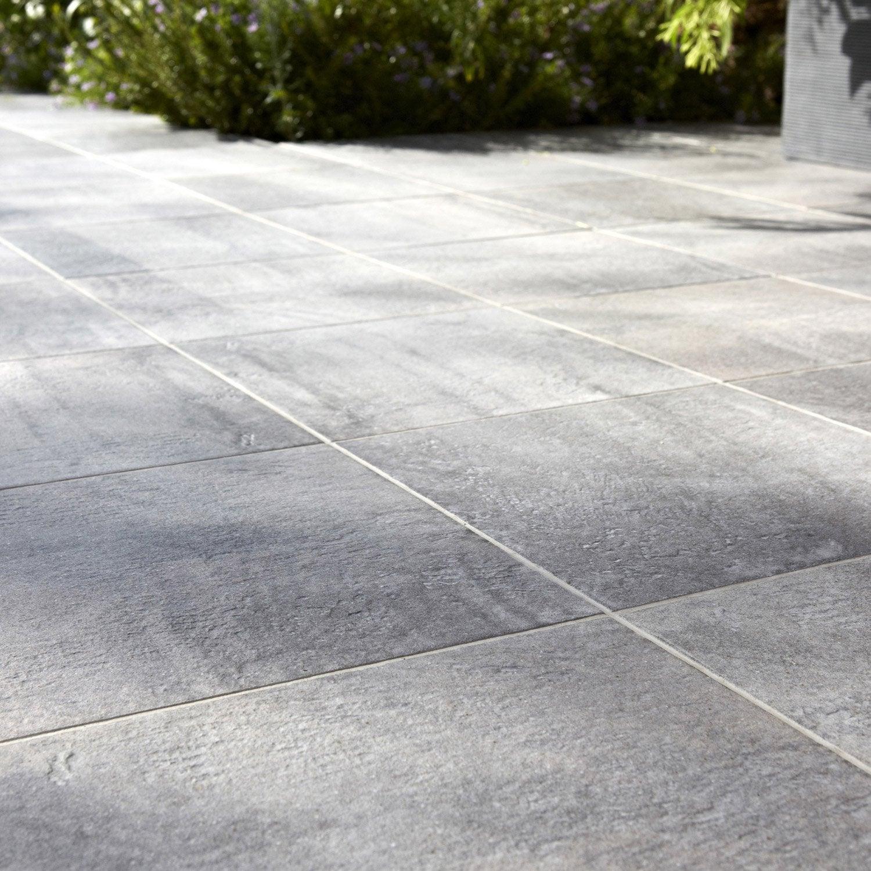 Carrelage sol et mur gris vestige x cm leroy for Carrelage sol et mur