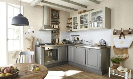 Du bois et des couleurs naturelles pour une cuisine agréable