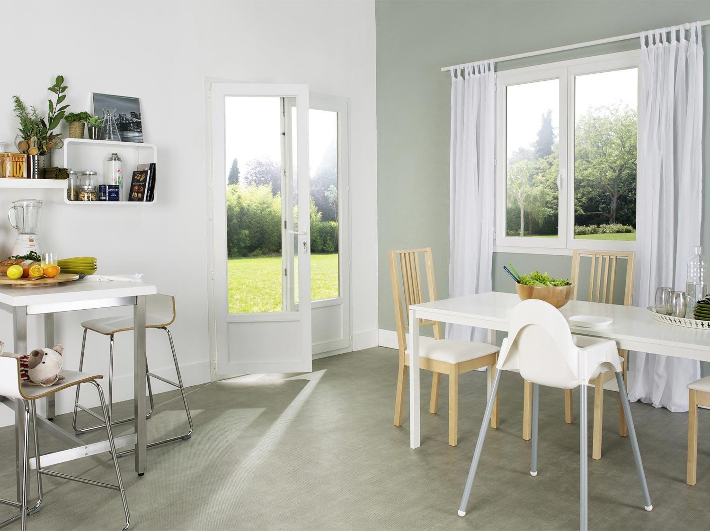 fenetre bandeau cuisine audessus des meubles hauts placer. Black Bedroom Furniture Sets. Home Design Ideas