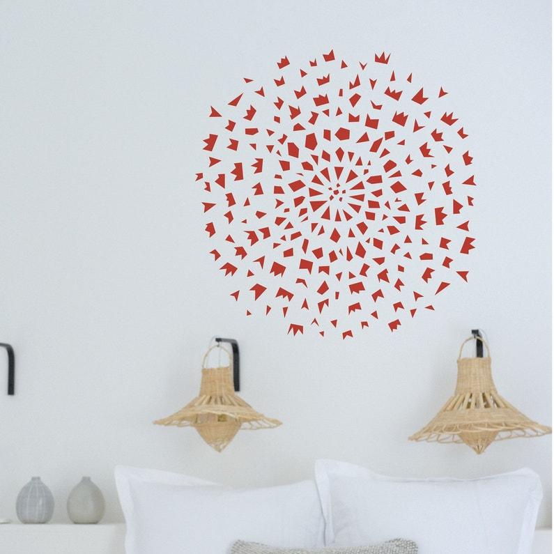 d corez votre t te de lit avec un pochoir pissenlit rouge leroy merlin. Black Bedroom Furniture Sets. Home Design Ideas