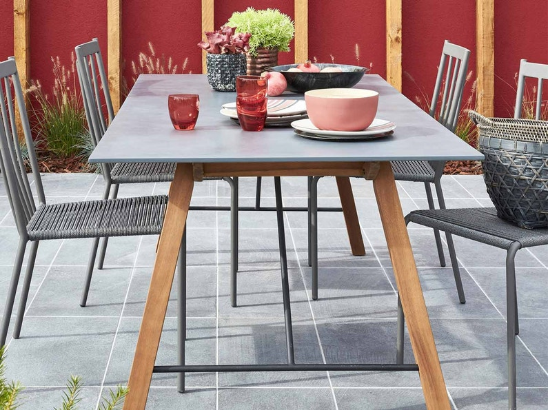 Salon de jardin table et chaise mobilier de jardin for Chaise jardin leroy merlin