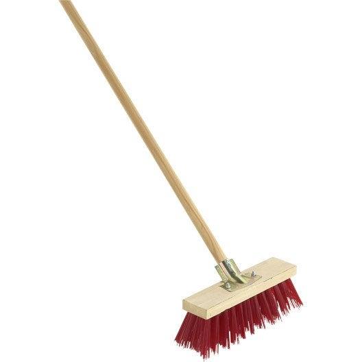 Balai outil pour nettoyer et traiter les d chets leroy for Produit pour nettoyer le four