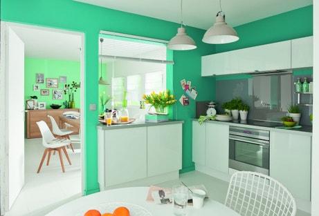 Une cuisine lumineuse et colorée