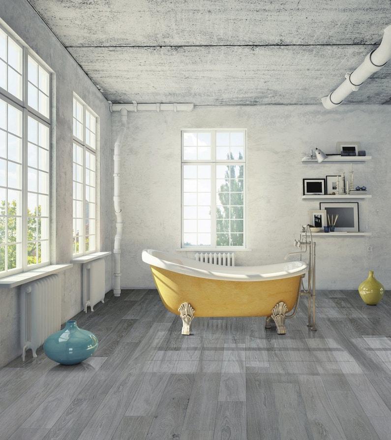 style japonais dans la salle de bains avec des lames gris fonc au sol et une baignoire jaune. Black Bedroom Furniture Sets. Home Design Ideas