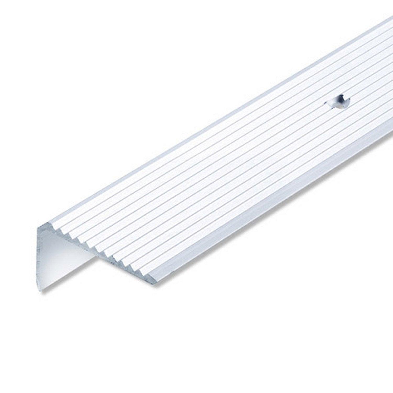 nez de marche antidrapant escalier bois good nez de. Black Bedroom Furniture Sets. Home Design Ideas