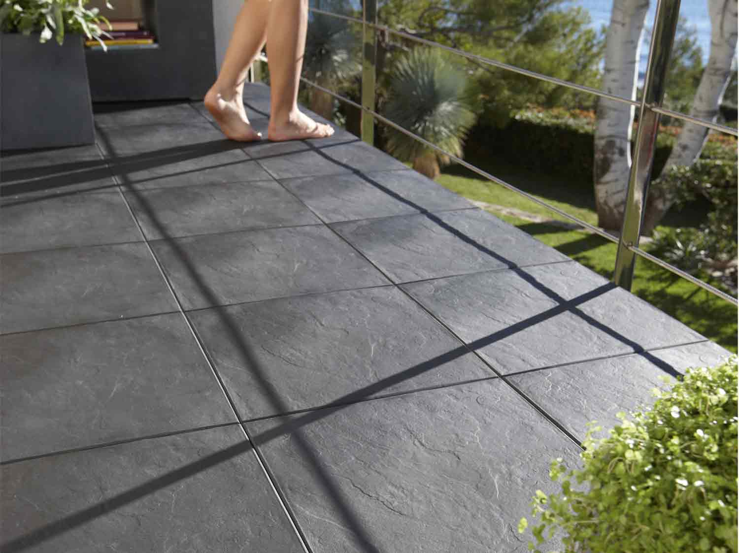 Carrelage balcon copropri t for Carrelage terrasse pas cher