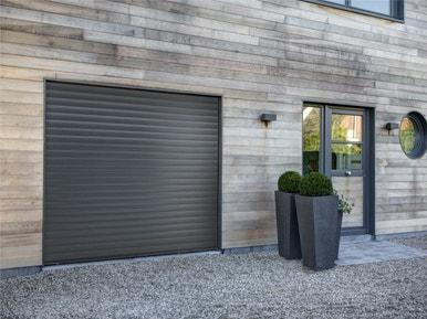 comment choisir sa porte de garage leroy merlin. Black Bedroom Furniture Sets. Home Design Ideas