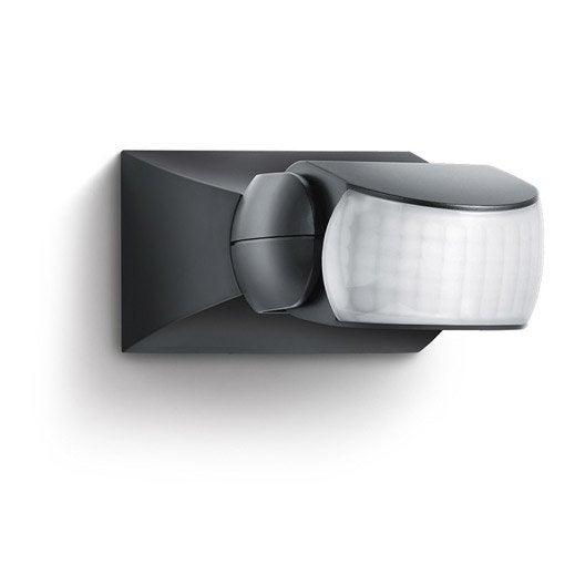 d tecteur de mouvement de lumi re de pr sence au meilleur prix leroy merlin. Black Bedroom Furniture Sets. Home Design Ideas