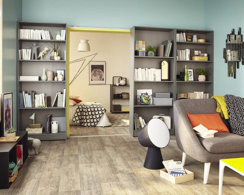 des tag res coulissantes pour s parer deux pi ces leroy merlin. Black Bedroom Furniture Sets. Home Design Ideas