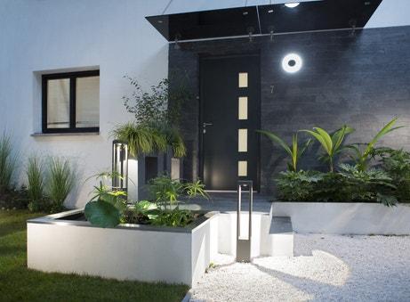 Autant de fa ades que de maisons leroy merlin for Devanture maison design