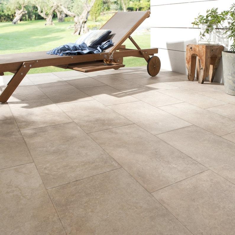 Du carrelage sable effet pierre pour la terrasse leroy merlin - Pierre pour terrasse ...