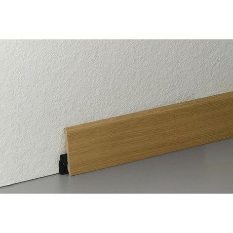 Plinthe pour parquet et stratifi plinthe bois assortie for Plaque stratifie a coller